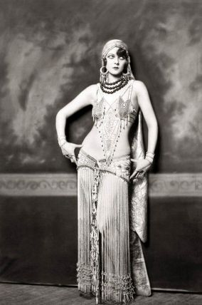 ziegfeld_follies_Follies Girl